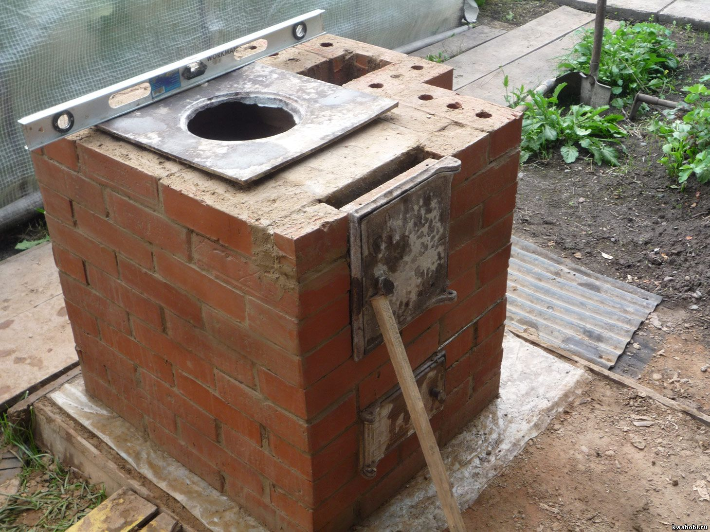 Как сделать уличную печь на даче своими руками