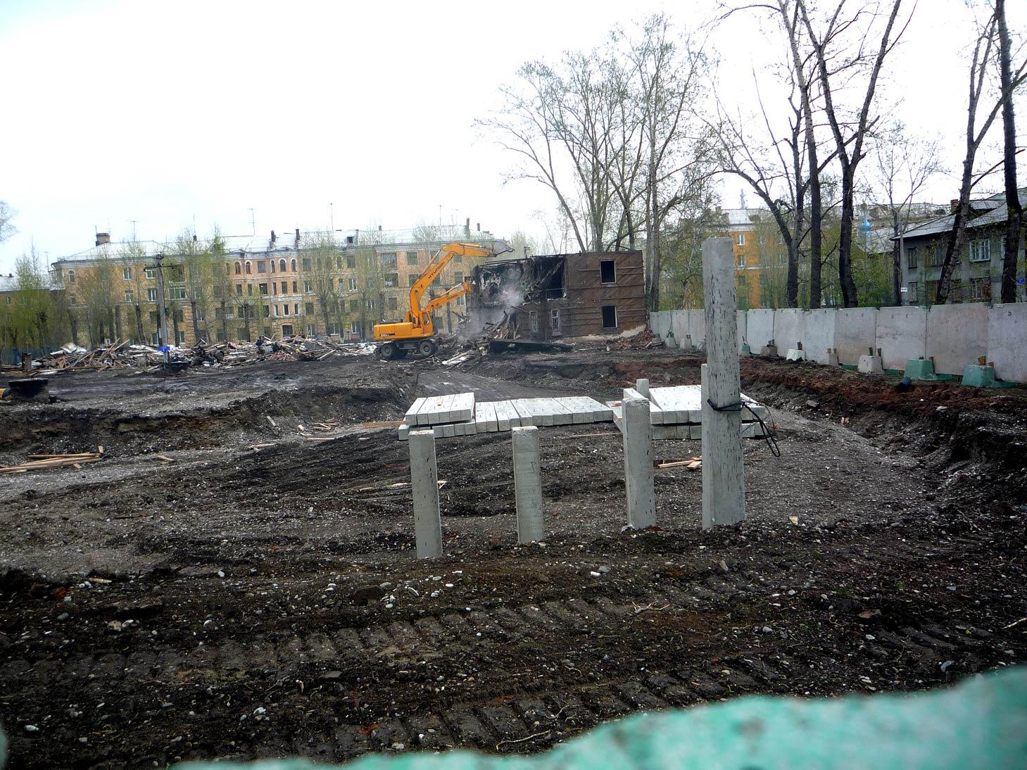 Расчистка площадки под строительство жилого дома