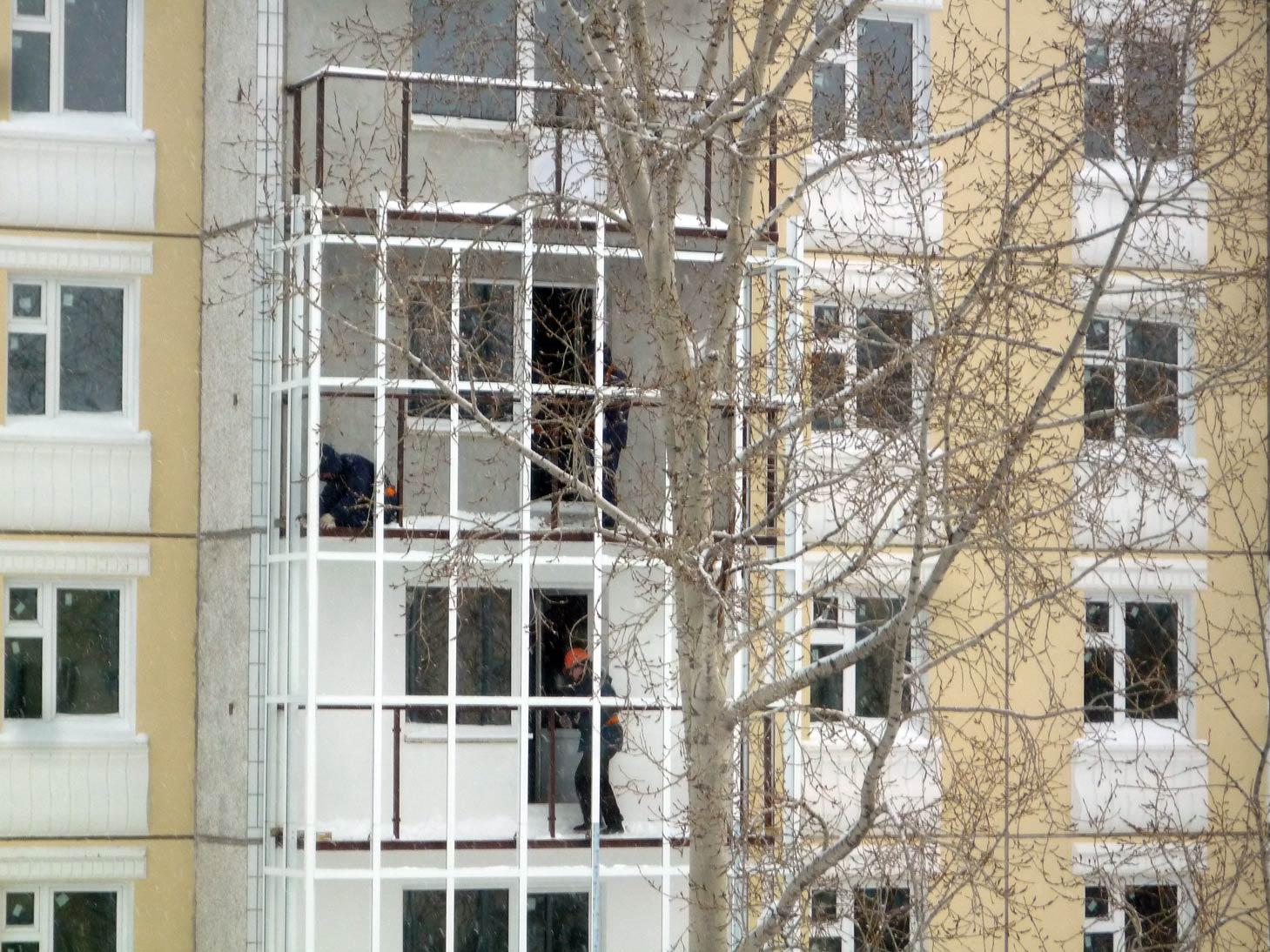 сборка каркаса балкона